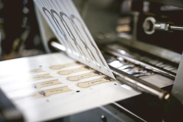 Stampa etichette enologiche in serigrafia